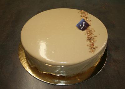 Dulcey* pomme : palet breton, pommes caramélisées, crémeux dulcey, mousse dulcey (4.00€/pers) *Dulcey = chocolat blanc caramélisé