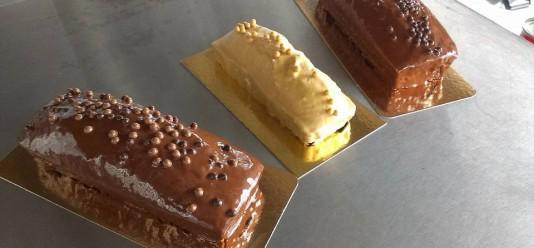 Cakes : chocolat, vanille, marbré, cacahuète (1.50€/pers)